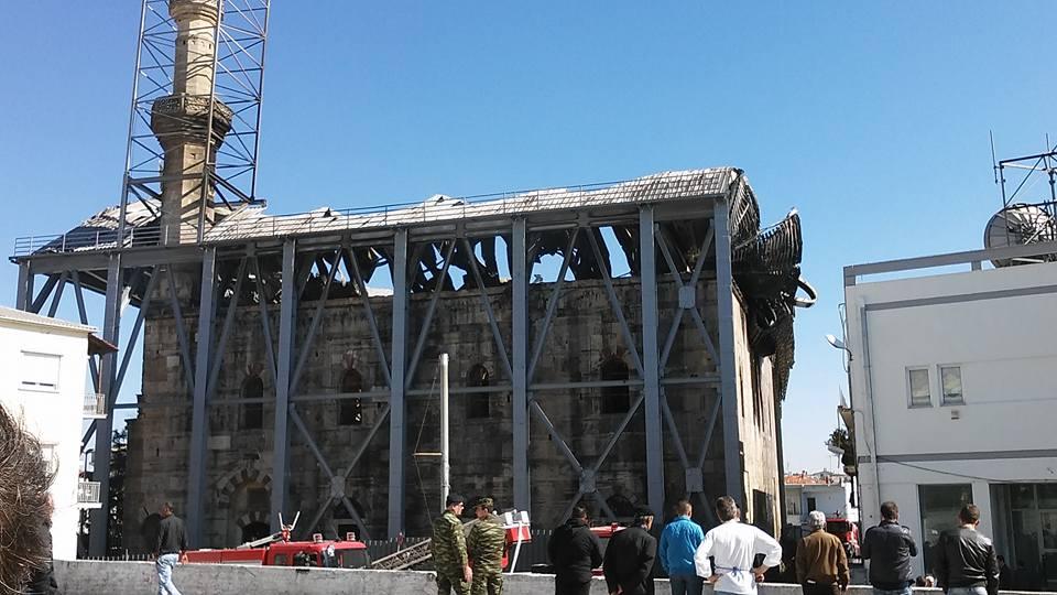 Καμία αποκατάσταση στο τέμενος Βαγιαζήτ 1,5 χρόνο μετά την πυρκαγιά
