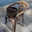 Θάσος: Καρέκλες, κώνους και τσιγάρα έβγαλαν από τον βυθό