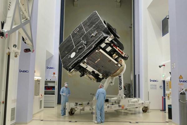 Έτοιμος για εκτόξευση ο δορυφόρος που θα φτάσει πιο κοντά στον ήλιο, με Εβρίτες στην κατασκευή