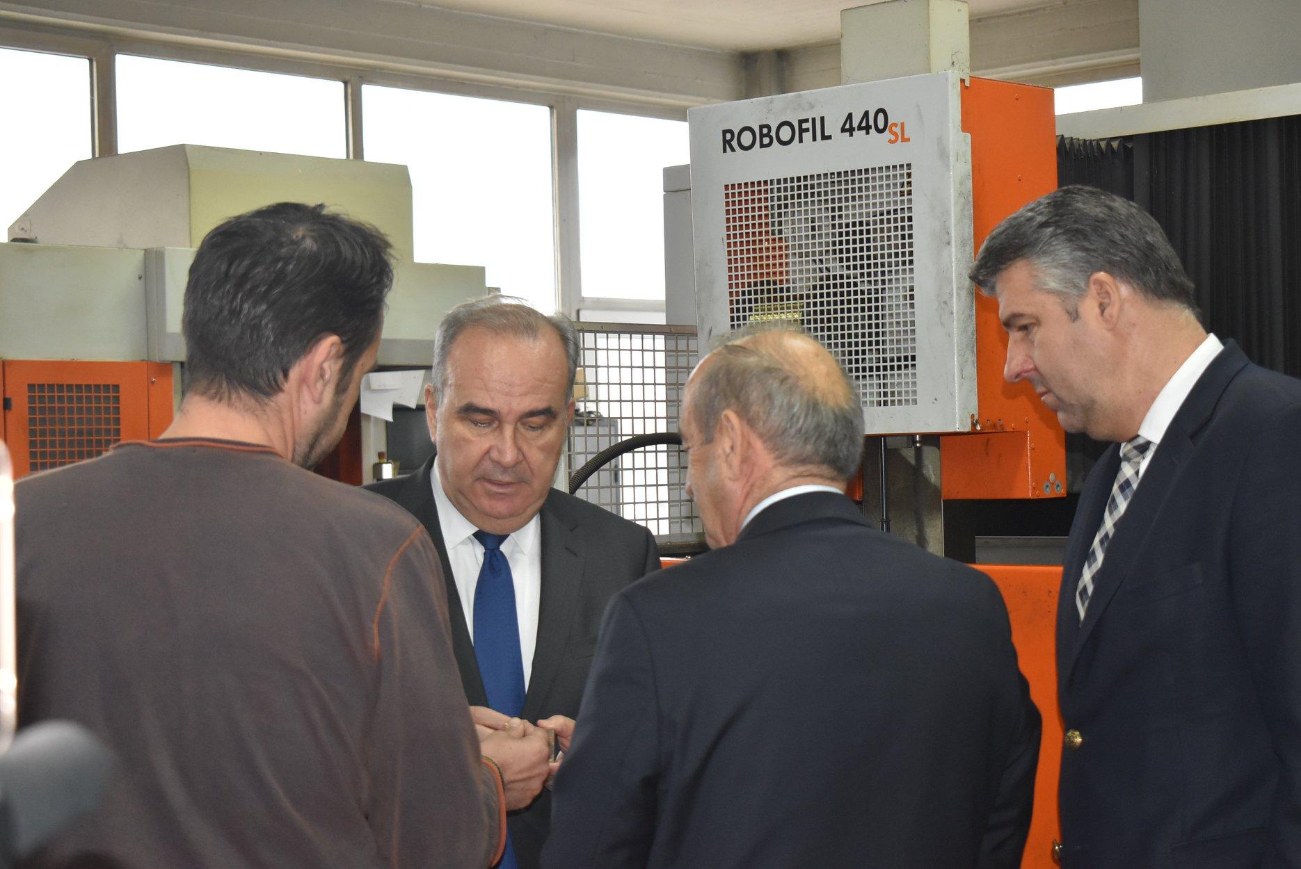 Επίσκεψη του Υφ. Βιομηχανίας και Εμπορίου Νίκου Παπαθανάση στην Αλεξανδρούπολη
