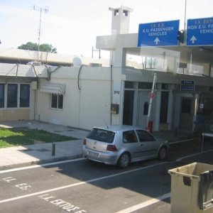 Συνεχίζονται οι περιορισμοί διέλευσης στα τελωνεία Ορμενίου και Κήπων