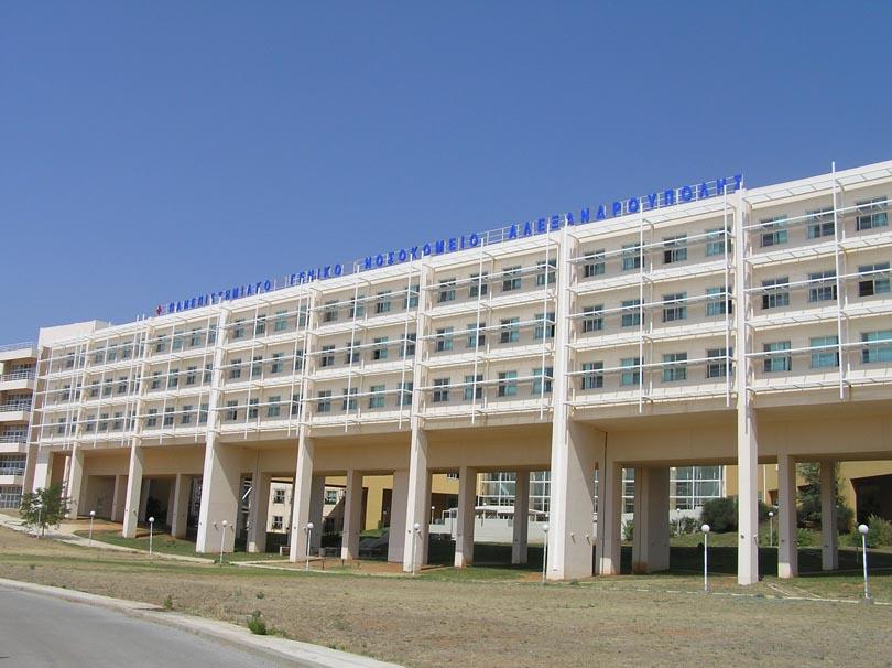Βουτιά στο κενό από νεαρό άνδρα στο νοσοκομείο Αλεξανδρούπολης