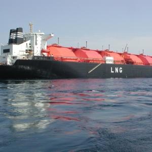 Ενδιαφέρον της Β. Μακεδονίας για τον LNG Αλεξανδρούπολης