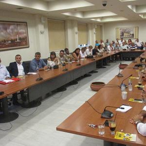 Δια ζώσης και κεκλεισμένων των θυρών συνεδριάζει το Δημοτικό Συμβούλιο Αλεξανδρούπολης