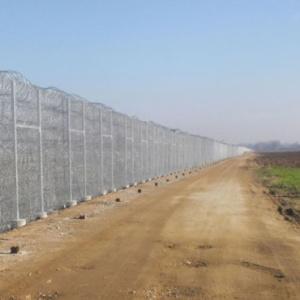 Φράχτης στον Έβρο με λεπιδοφόρο συρματόπλεγμα και 400 νέοι συνοριοφύλακες