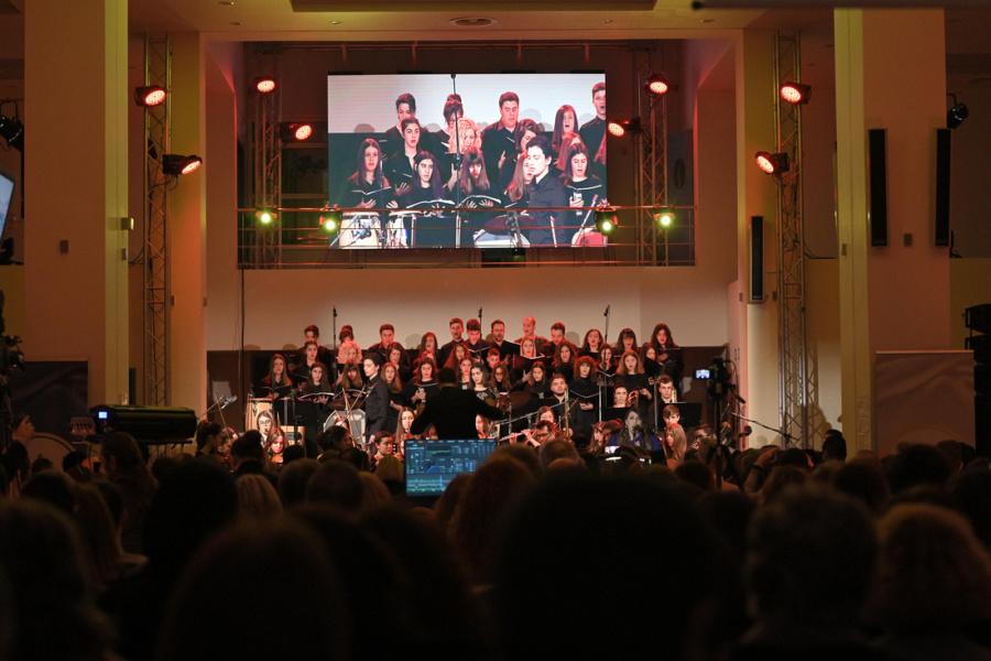 Εντυπωσίασε η μεγάλη επετειακή συναυλία του Δήμου Αλεξανδρούπολης στο αεροδρόμιο