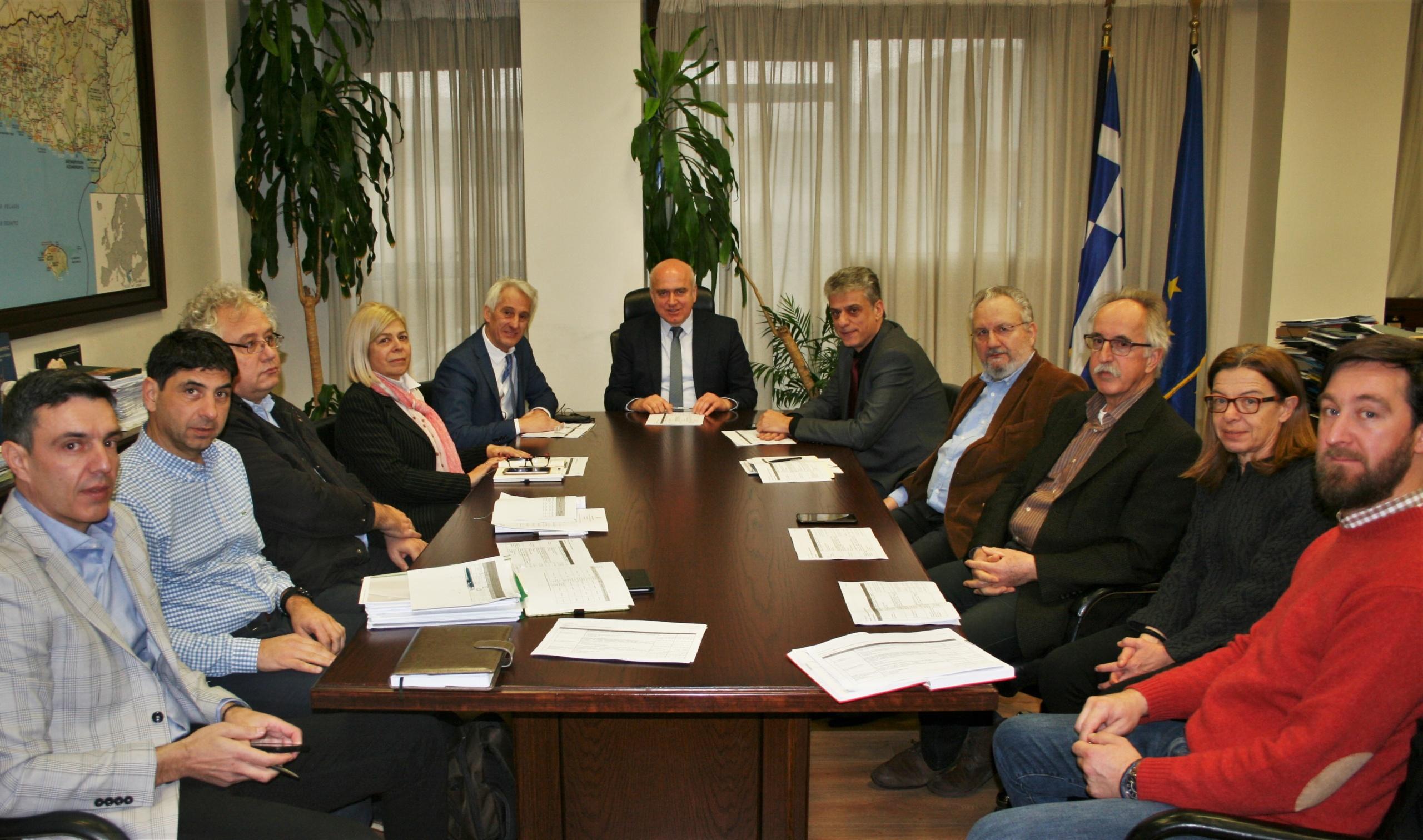 Περιφέρεια ΑΜΘ: Σύσκεψη για την ολοκληρωμένη επεξεργασία των απορριμμάτων