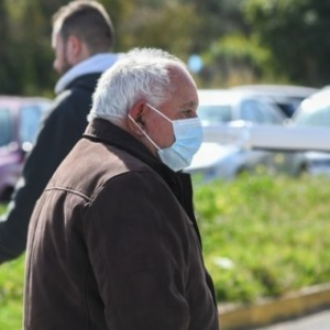 Κορονοϊός Ελλάδα: Επόμενο μέτρο το τοπικό ή κλαδικό lockdown, τι εξετάζουν οι επιστήμονες