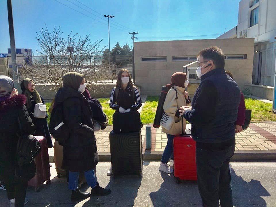 49 Έλληνες φοιτητές σε πανεπιστήμια της Τουρκίας επέστρεψαν σήμερα στη χώρα από τους Κήπους