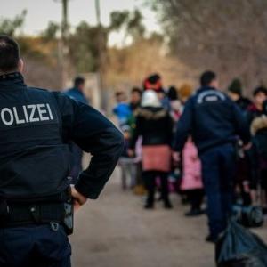 Μέρκελ για Τουρκία: Πολιτική στην πλάτη των προσφύγων τα γεγονότα στον Έβρο