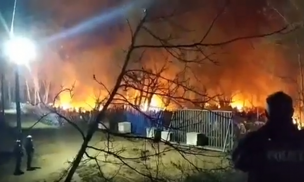 Φωτιές, ένταση και πολλά ερωτηματικά στα σύνορα του Έβρου (video)