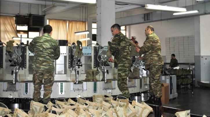 Στη μάχη κατά του κορωνοϊού τα στρατιωτικά εργοστάσια