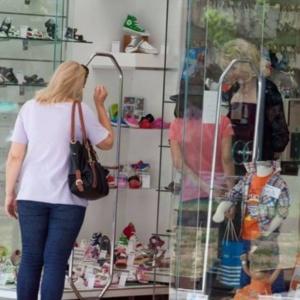 Επίσημο: 7 με 10 μ.μ. 3 φορές την εβδομάδα τα εμπορικά της Αλεξανδρούπολης
