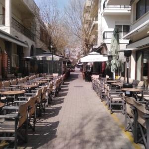 Ν. Γεωργιάδης στη ΓΝΩΜΗ: Η άμεση επαναλειτουργία της εστίασης θα βάλει «φρένο» στην πολυκοσμία
