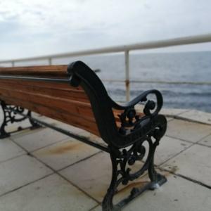 Καινούργια παγκάκια στην παραλία Αλεξανδρούπολης (photos)
