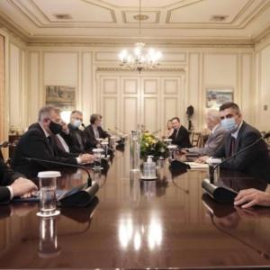 Κορωνοϊός: Τι αποφάσισε η κυβέρνηση στην έκτακτη σύσκεψη στο Μέγαρο Μαξίμου