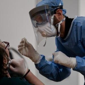 359 νέα κρούσματα στην Ελλάδα - 9 νέοι θάνατοι - Η ανησυχία μεγαλώνει