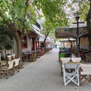 Περιφερειακό Συμβούλιο ΑΜΘ: Το κορωνο-ωράριο για την εστίαση να εφαρμόζεται ανά Δήμο