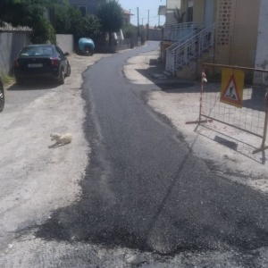 Προχωρούν οι εργασίες στους δρόμους της Μάκρης