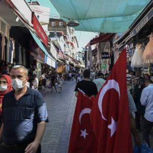 Τουρκία: 1.578 κρούσματα και 53 θάνατοι σε ένα 24ωρο