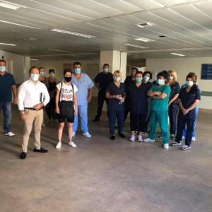 Ελπίδες ότι δεν θα χάσουν τη δουλειά τους από τον Υφυπουργό Υγείας σε εργαζόμενους του ΠΓΝΑ